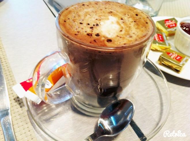 Chocolat chaud Flow Abidjan
