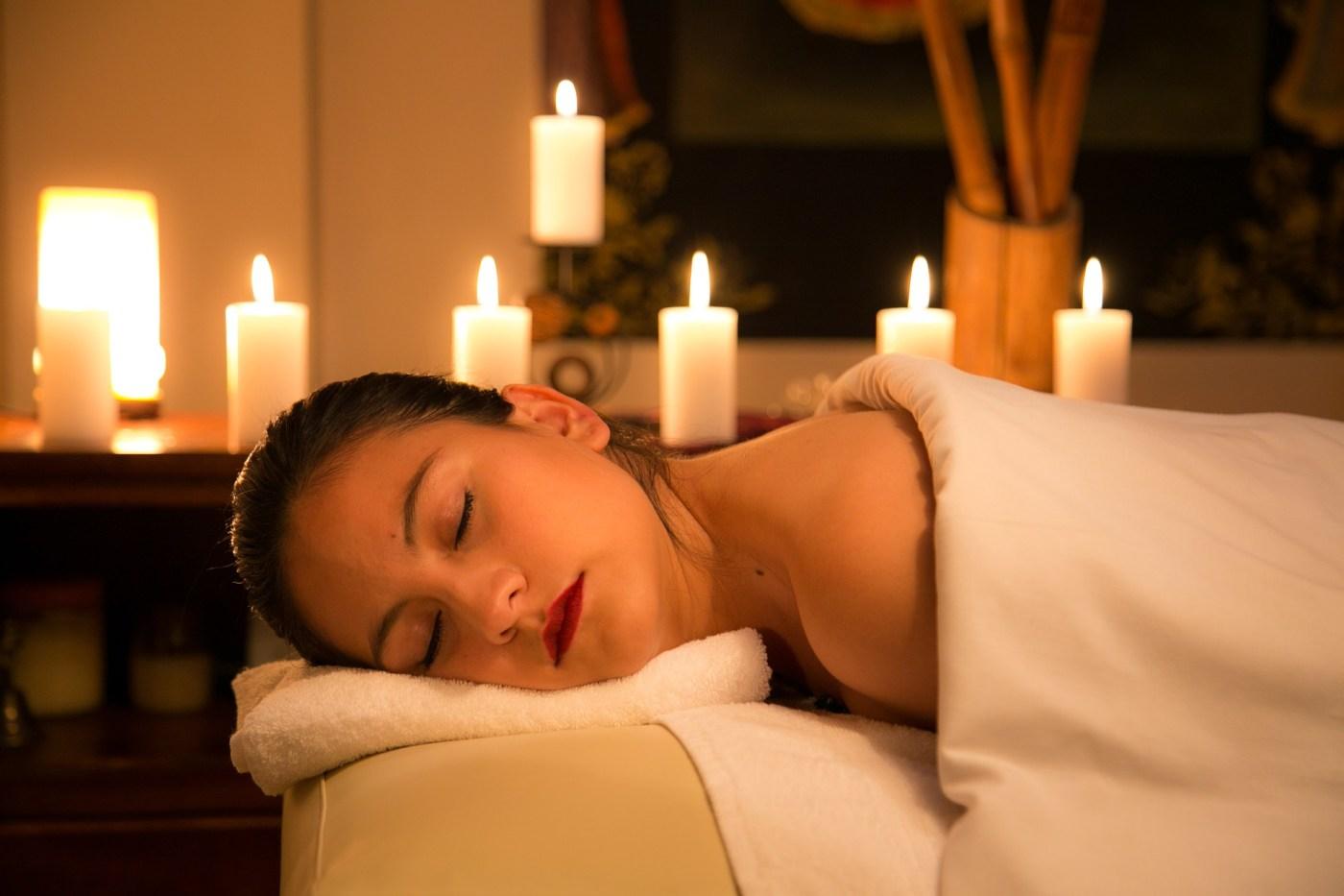 Massage relaxant Kenté Sky Spa . serialfoodie, blog, reviews, spa, cote d'ivoire
