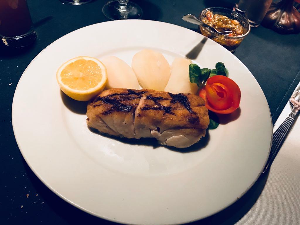 Le Montparnasse : la fin du mythe, serial foodie, critique culinaire, critique restaurant, Abidjan, cote d'ivoire, tripadvisor, petit futé