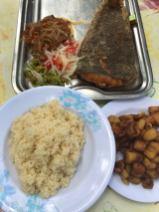Attiéké et poisson sole chez Aba, serialfoodie, Abidjan, cote d'ivoire