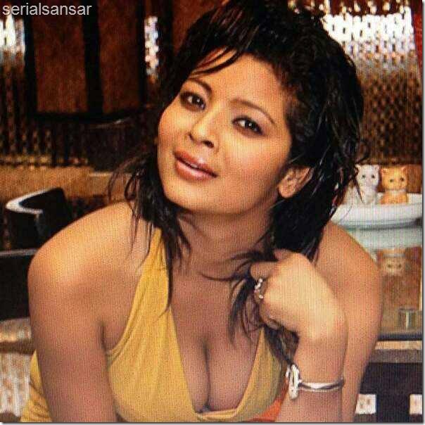harisha  baniya shows skin