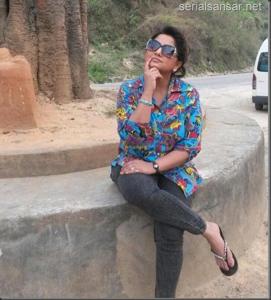 deepa shree niraula in Dhunche (1)
