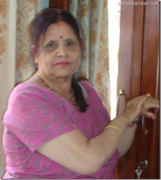 nirmal sharma mother
