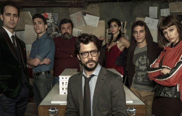 """LA ZECCA DI SPAGNA ERA SOLO L'INIZIO – """"LA CASA DI CARTA 3"""": TRAILER E DATA DI USCITA"""