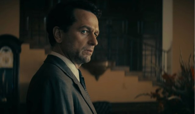 Matthew-Rhys-in-Perry-Mason-nel-trailer-HBO-Whats-Coming-2020