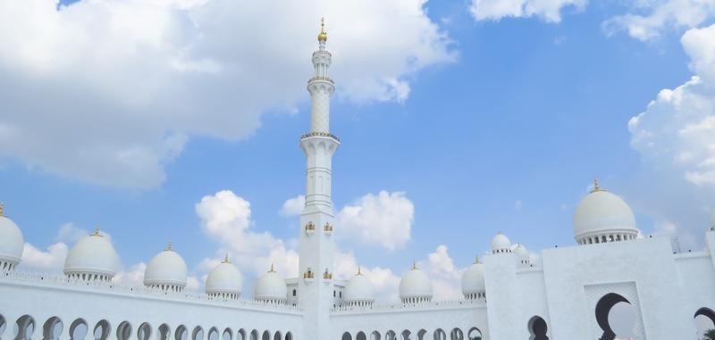 serial-travelers-abu-dhabi-mosquee-Cheikh-Zayed-minaret