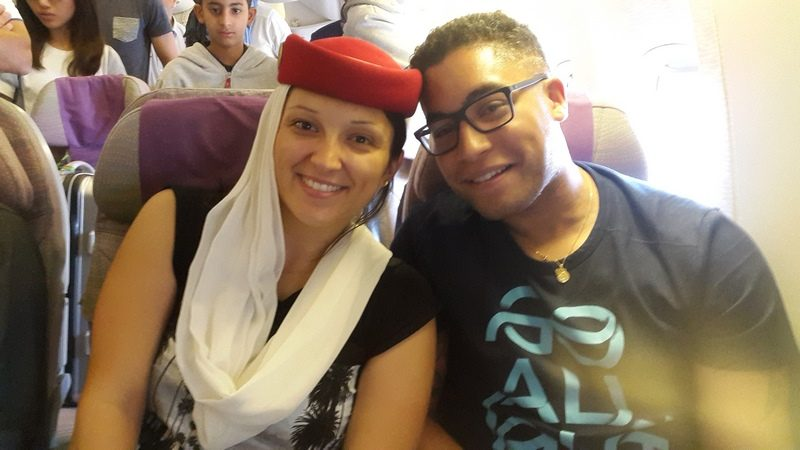serial-travelers-top-depart-laura-emirates