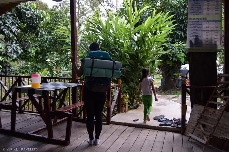Le contenu de nos sacs à dos pour dormir dans la jungle