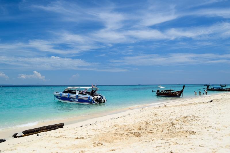serial-travelers-thailand-koh-phi-phi-bamboo-island(6)