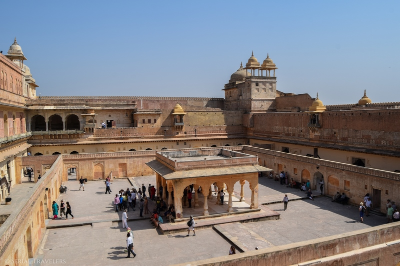 serial-travelers-india-inde-rajasthan-que-faire-a-jaipur-amber-fort-inside-interieur
