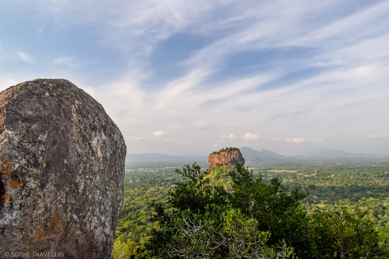 Lever de soleil et balade autour du rocher forteresse de Sigirîya