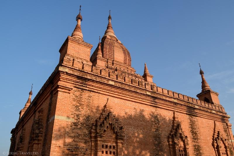 serial-travelers-myanmar-bagan-pagoda761-sunset2