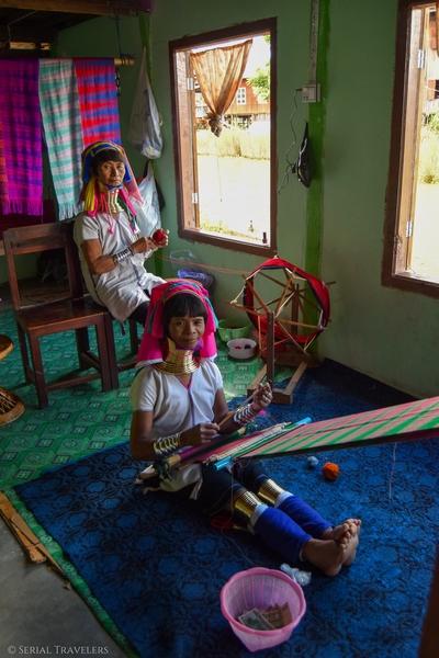 serial-travelers-myanmar-inle-lake-long-neck-women