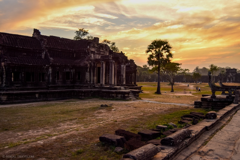serial-travelers-cambodge-angkor-vat-closure2