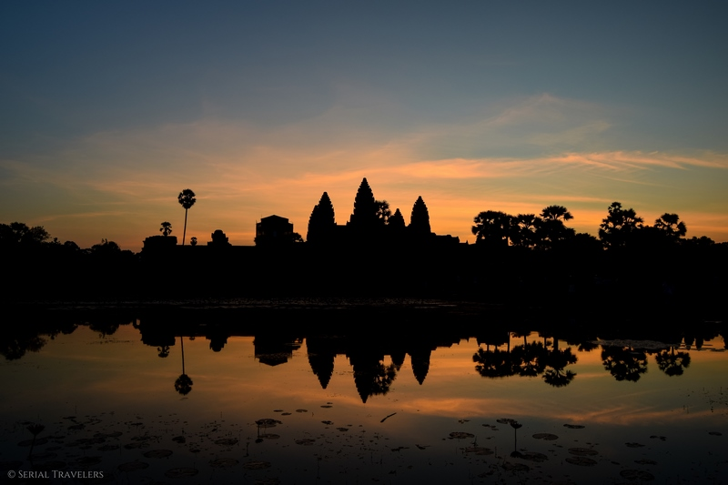 serial-travelers-cambodge-angkor-vat-sunrise5