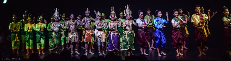 serial-travelers-cambodge-phnom-penh-apsara-dance-spectacle-musee-national-8