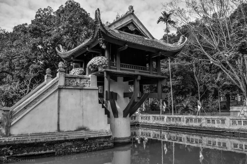 serial-travelers-vietnam-hanoi-mot-cot-pagoda
