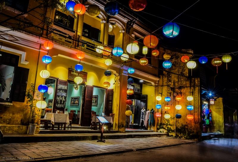 serial-travelers-vietnam-hoi-an-nuit-vieille-ville-couleur-lumiere-lanterne-2