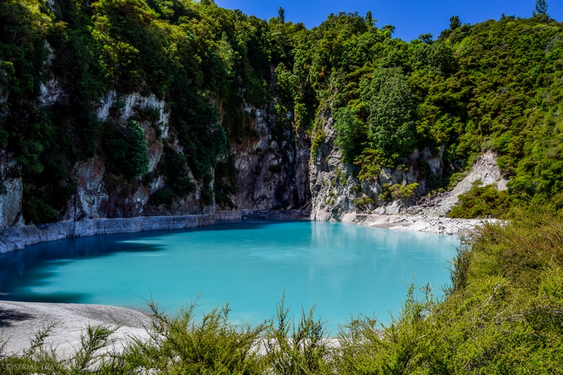 serial-travelers-nouvelle-zelande-waimangu-volcanic-valley-inferno-lake2