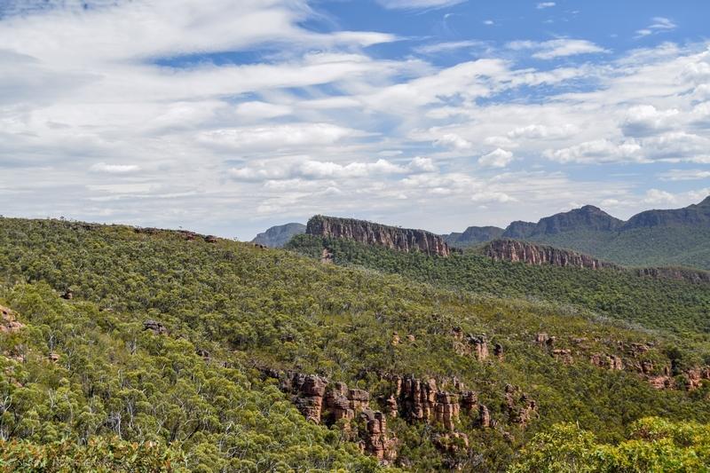 serial-travelers-australie-the-grampians-mount-william-road7