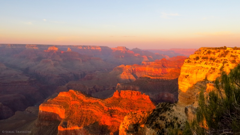 serial-travelers-ouest-americain-arrivée-grand-canyon-sunset-hopi-point6