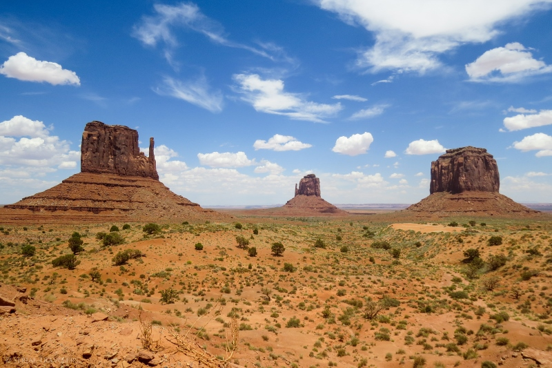serial-travelers-ouest-americain-monument-valley-east-&-west-mitten-viewpoint3