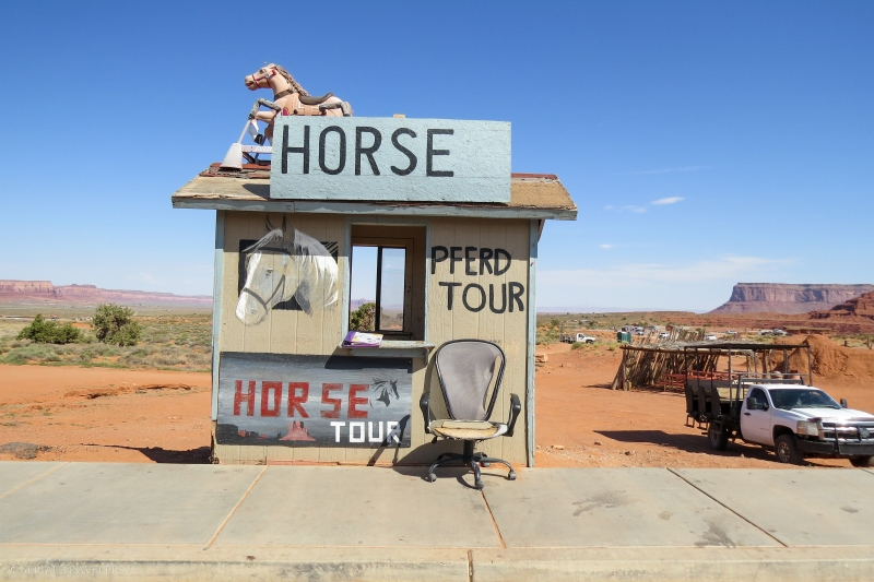 serial-travelers-ouest-americain-monument-valley-navajo-horse-tour