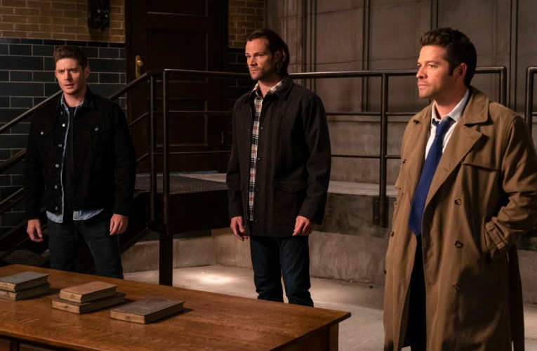Supernatural: Our Father, Who Aren't in Heaven (midseason finale)