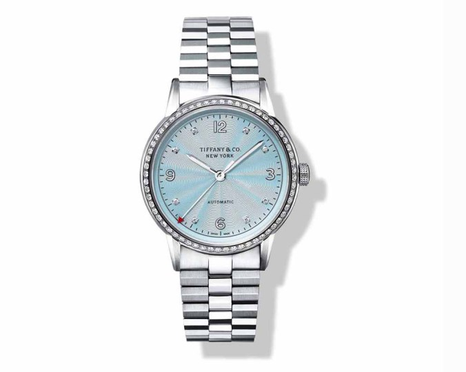 """With its red tip, the """"CT60"""" by Tiffany & Co. illustrates the concept of the New York minute dear to the founder of the house"""