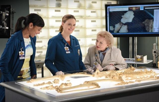 Betty White durante a 11ª temporada de Bones