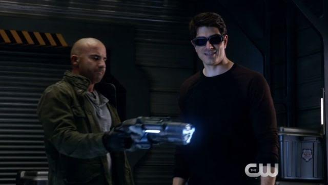 Legends of Tomorrow 2x05: Compromised