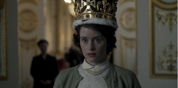 Em cena: a atriz Claire Foy, que interpreta Elizabeth II, protagoniza uma das cenas essenciais para se entender a proposta do episódio.