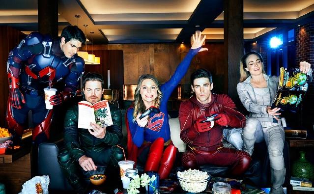 Todos os Super-heróis da CW estarão de volta com novas temporadas na CW!