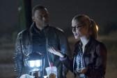 Cw-Arrow-The Flash-Crossover-12