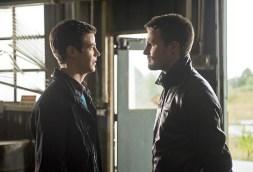Cw-Arrow-The Flash-Crossover-9
