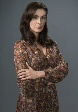 Michelle Forbes.