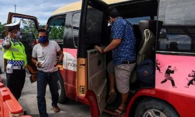 Polisi Amankan 95 Travel Gelap Pembawa Pemudik