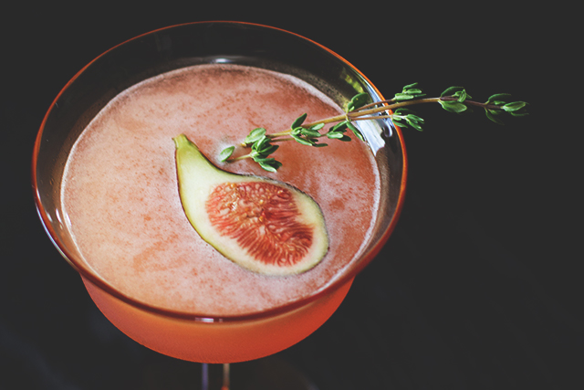 Fig Thyme Cocktail from Honestly Yum, Friday Finds // Serious Crust by Annie Fassler