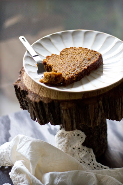 Pumpkin Chai Bread from Adventures in Cooking // Weekend Finds, Serious Crust by Annie Fassler