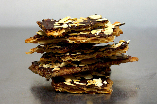 Matzo Toffee on Weekend Finds // Serious Crust by Annie Fassler