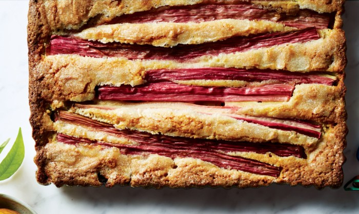 Rhubarb Season! | Serious Crust by Annie Fassler