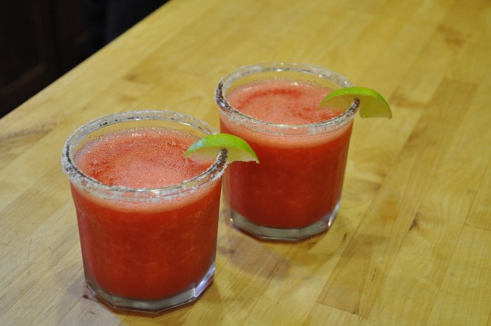 Strawberry Margaritas | Serious Crust by Annie Fassler