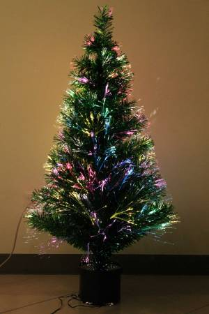 In the real vs. fake tree debate, the only one that can entertain for an entire month is fiber optic.