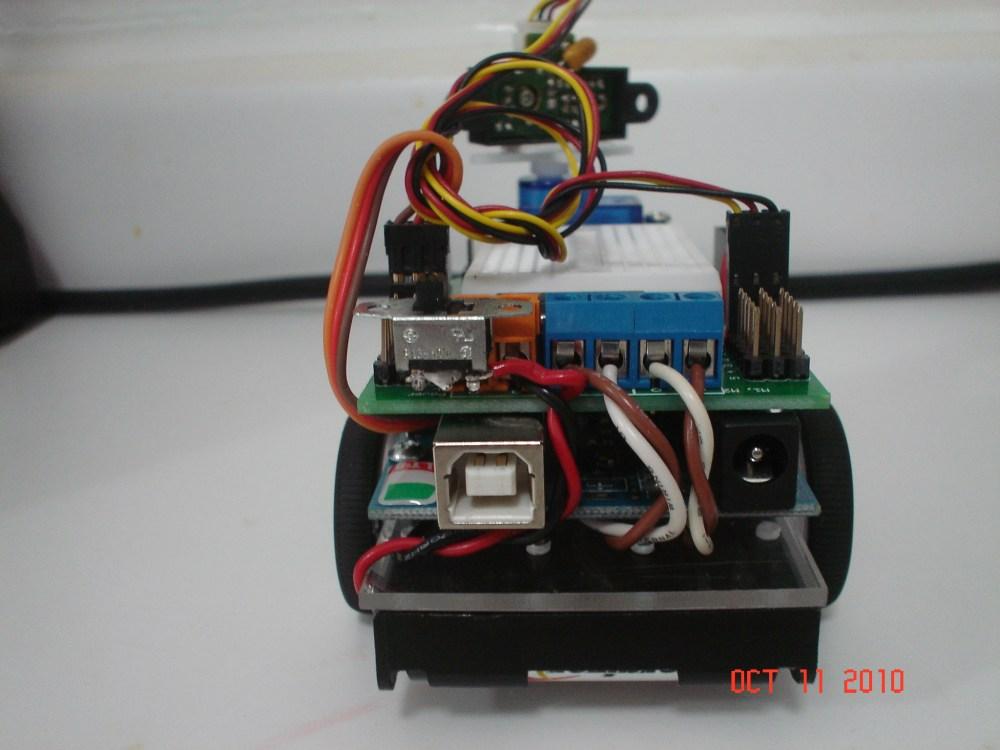 Compact - a Small Arduino Robot (6/6)