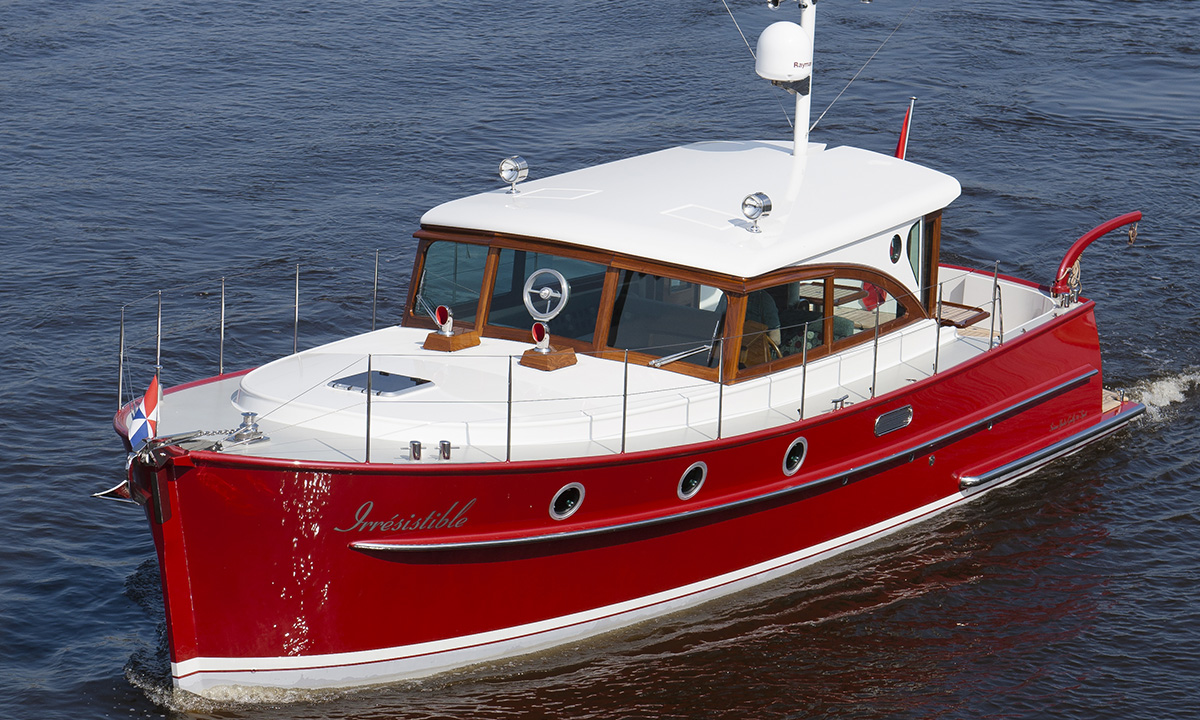 Serious Yachts Gently 36 Sport Hardtop