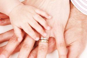 anuncio de llegada de un tercer hijo