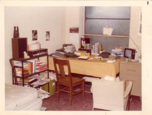 중앙교회 유학생 기숙사 Chicago, 1974