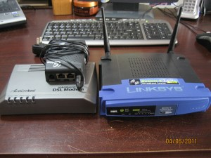 3월 26일 벼락의 희생물들.. aDSL modem, dd-wrt Router, VoIP ATA..