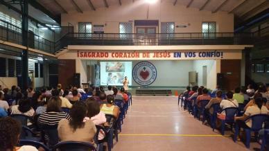 Interior del colegio Sagrado Corazón de Jesús