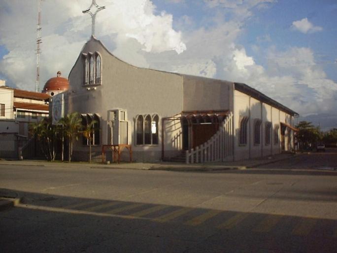 Templo central de la parroquia Sagrado Corazón de Jesús (Puerto Cortés))